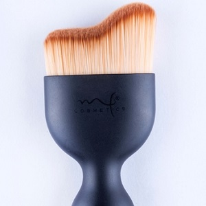 Brocha Curveada Marifer Cosmetics